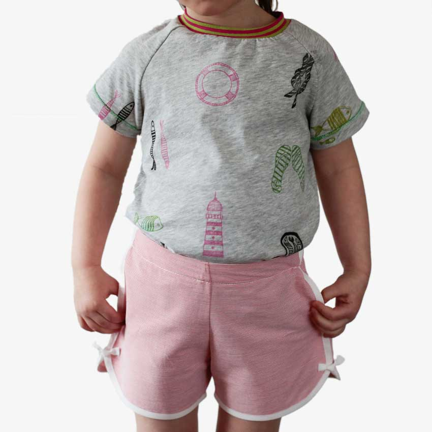 Kinder Retro Shorts mit Schleife am Beinabschluss in rot-weiß-gestreift