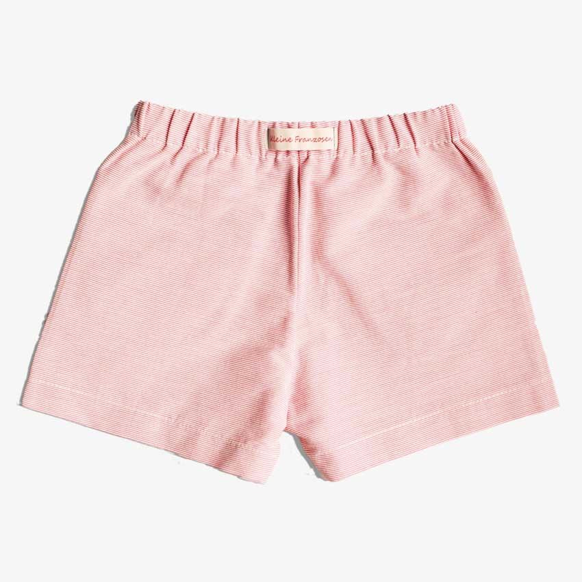 Rückansicht von Kinder Shorts in rot-weiß-gestreift